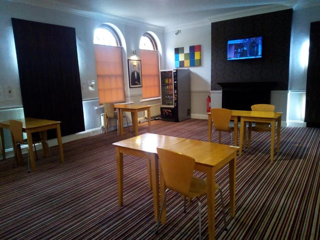 Comfort Hotel Luton - Laterooms