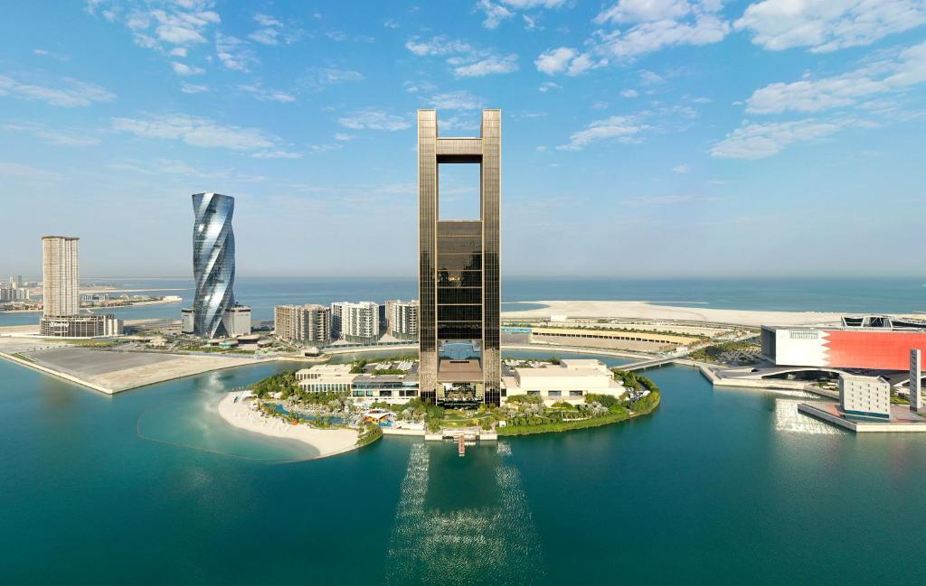 منظر فورسيزونز خليج البحرين من الأعلى