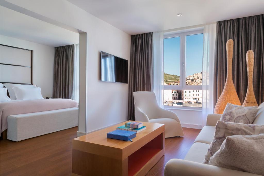 A seating area at Adriana Hvar Spa Hotel