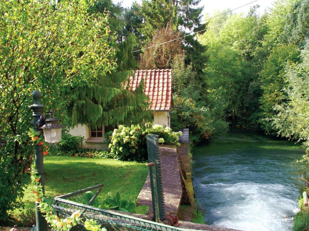 Exotic Holiday Home in Rue de Vitz with Garden