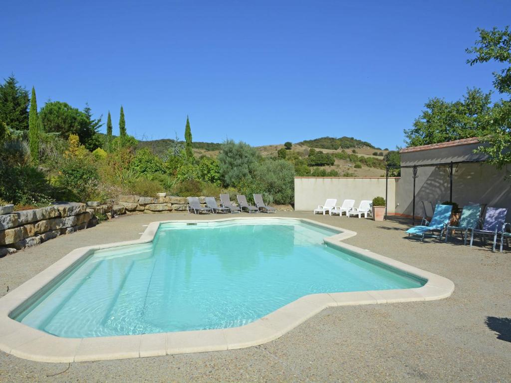 The swimming pool at or near Superb Villa with Private Heated Pool close to Carcassonne