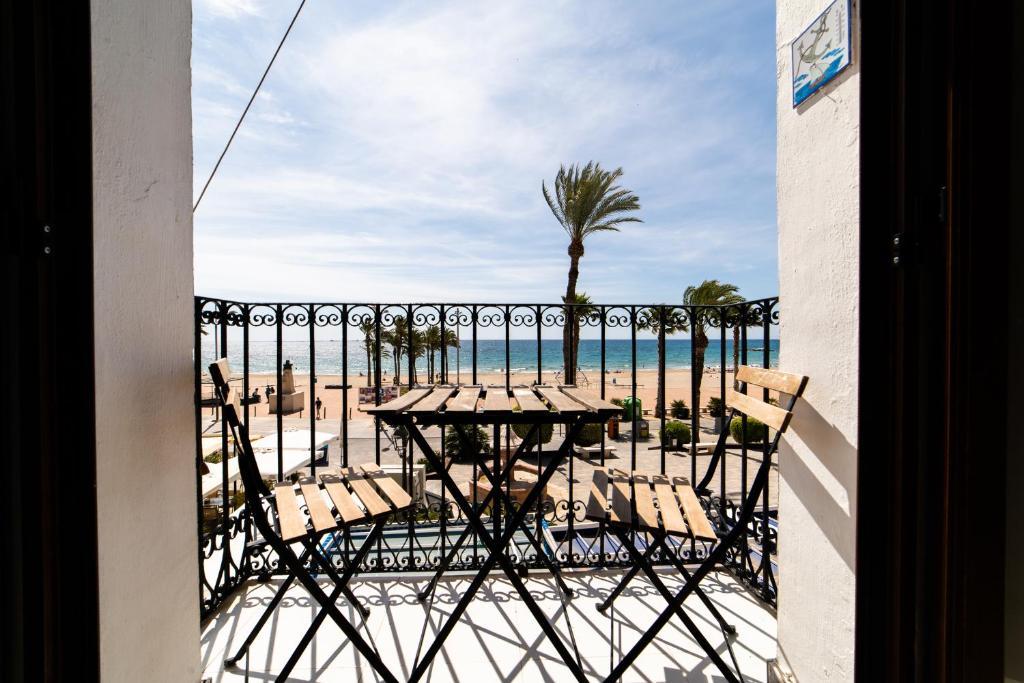 A balcony or terrace at villasun beach park