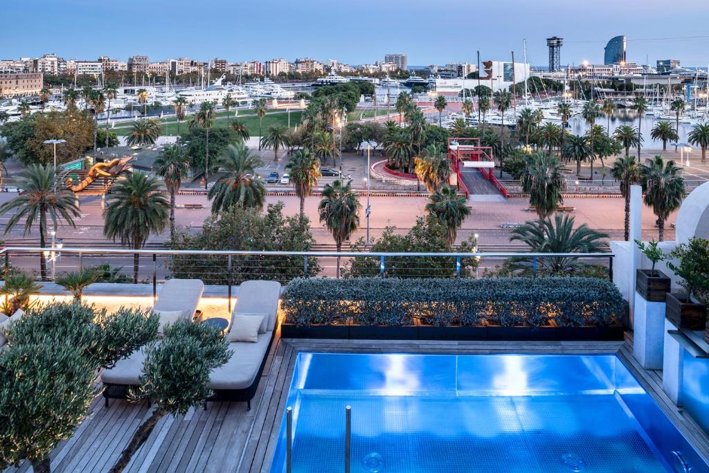 A view of the pool at Serras Barcelona or nearby