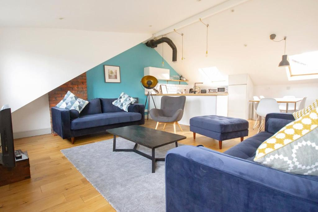 A seating area at The Loft Winchester