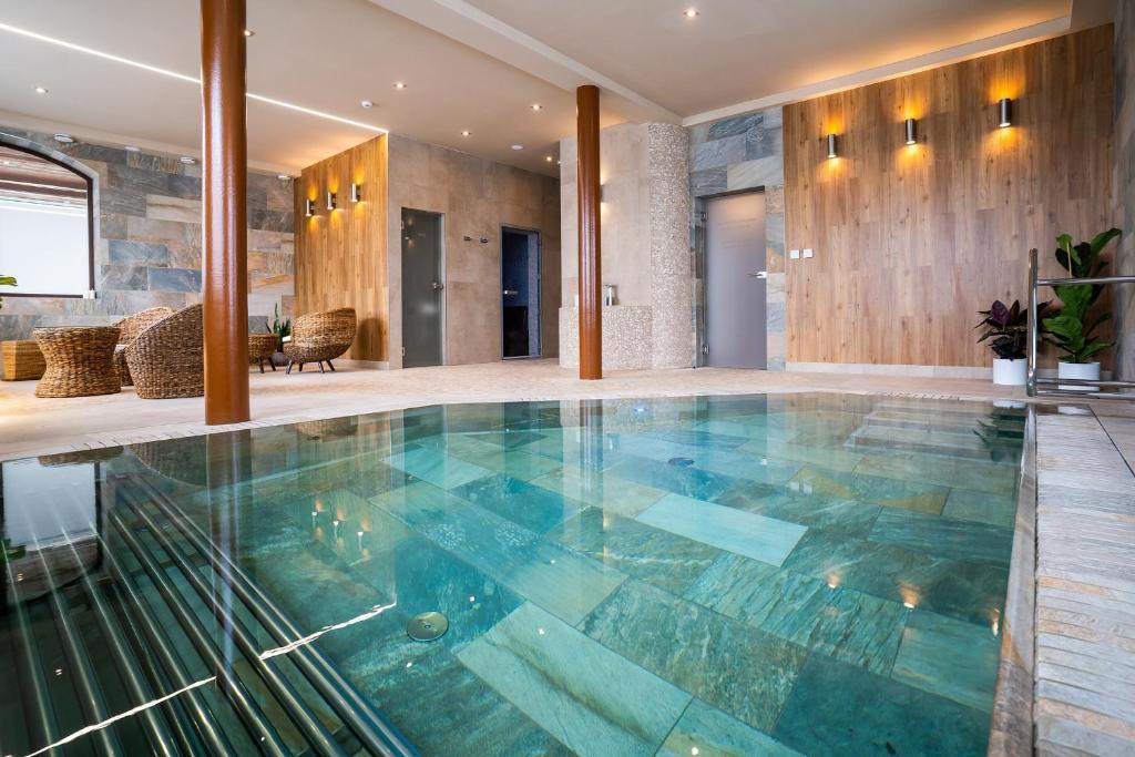 Bazén v ubytovaní Hotel Demänová **** alebo v jeho blízkosti