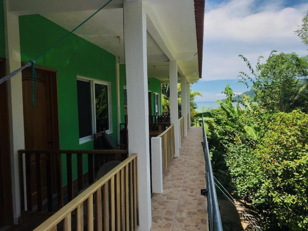 A balcony or terrace at Sun Breeze Hotel