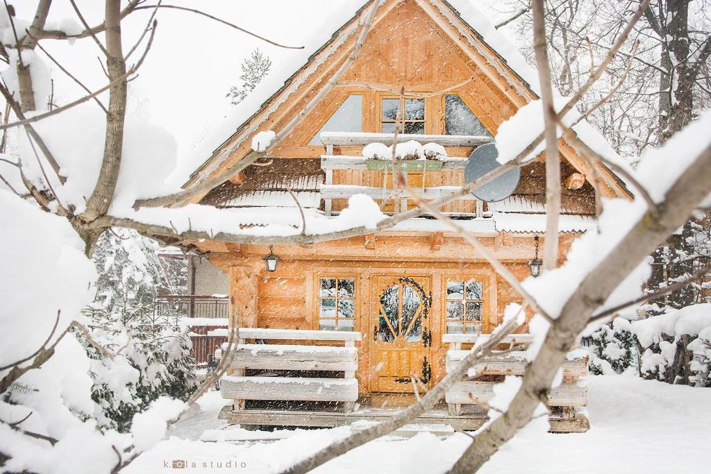 Obiekt Klimkówka zimą
