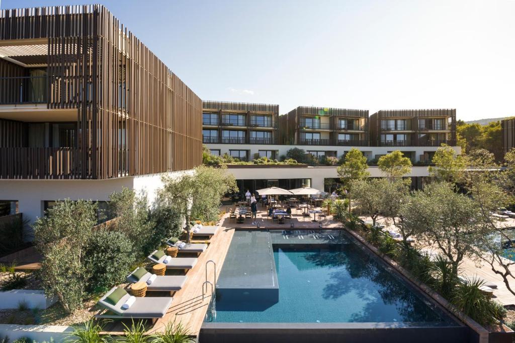 The swimming pool at or close to Maslina Resort