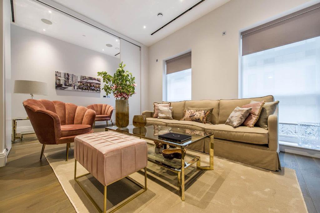 2 Bedroom Luxury Apartment Chancery Lane