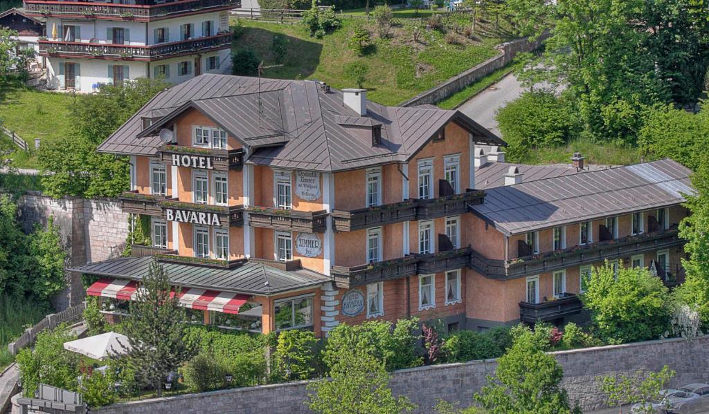 Blick auf Hotel Bavaria aus der Vogelperspektive