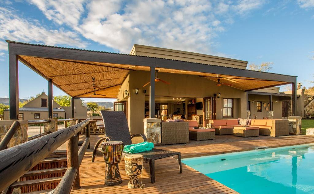 The swimming pool at or close to Groot Sleutelfontein