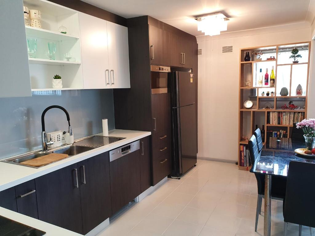 Own room 1 with aircon free WiFi, Netflix