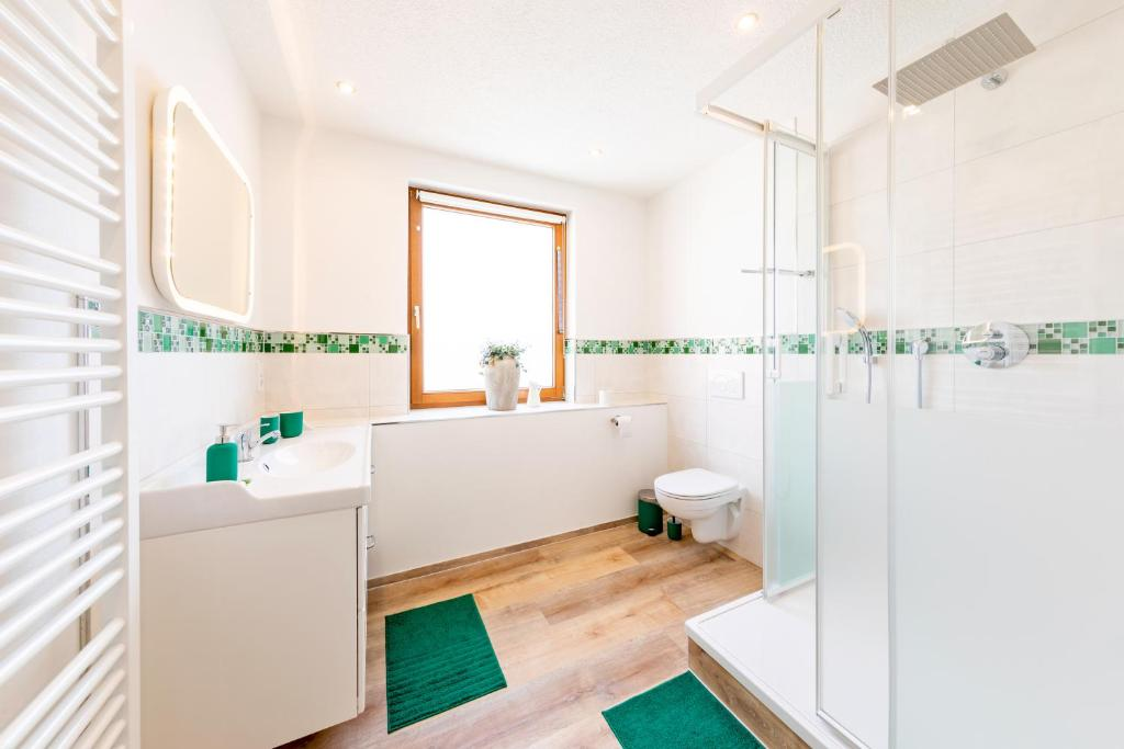 A bathroom at Pension Dorfliebe