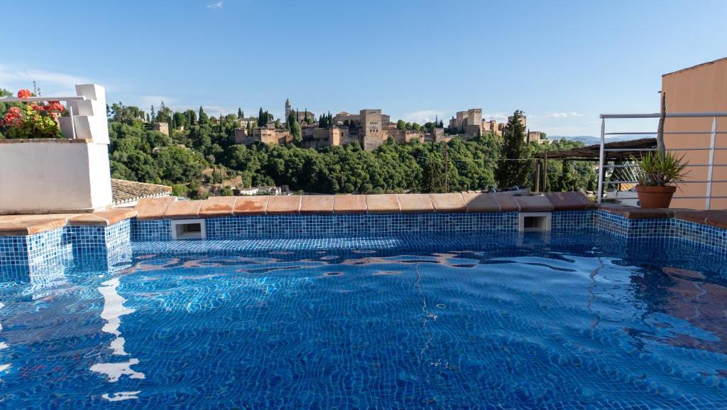 Apartamentos Montesclaros Granada