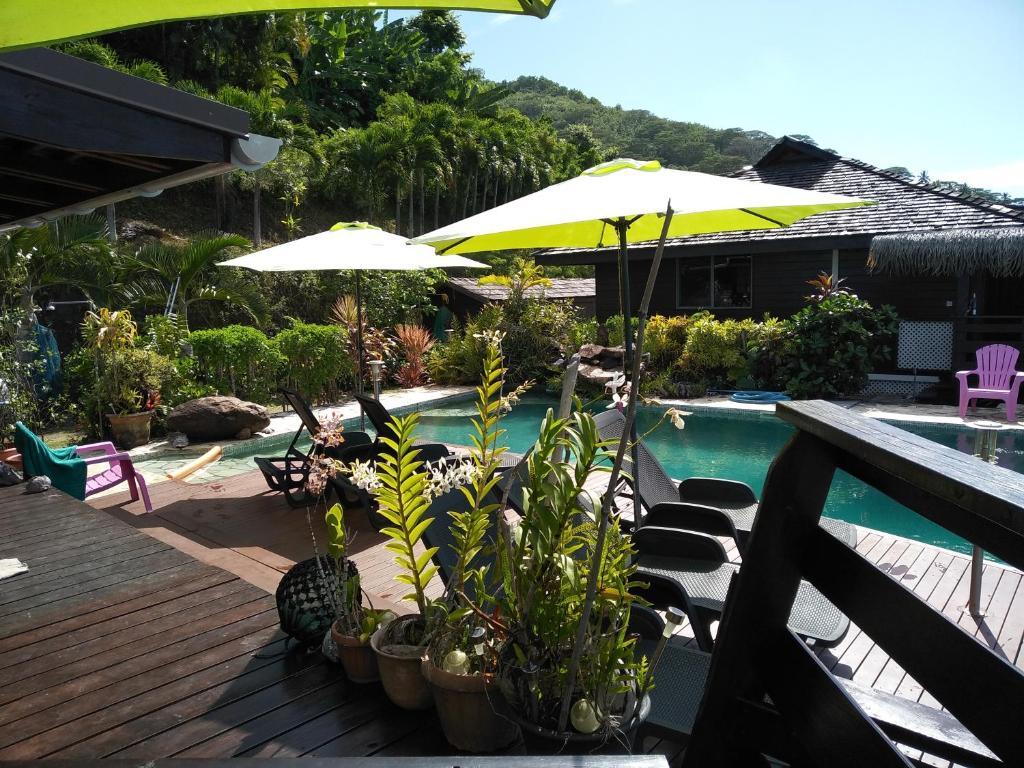 A piscina localizada em Tehuarupe Surf Studios ou nos arredores