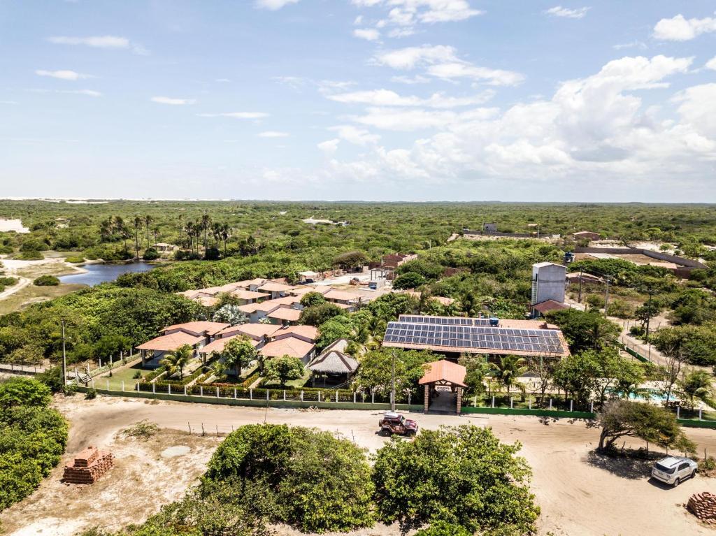 A bird's-eye view of Pousada Rancho das Dunas