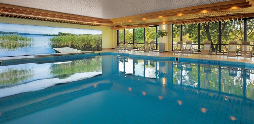 The swimming pool at or near Bilderberg Bellevue Hotel Dresden