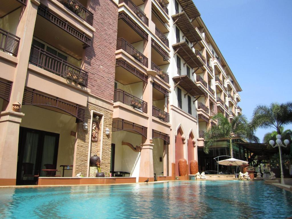 The swimming pool at or near Wannara Hotel Hua Hin