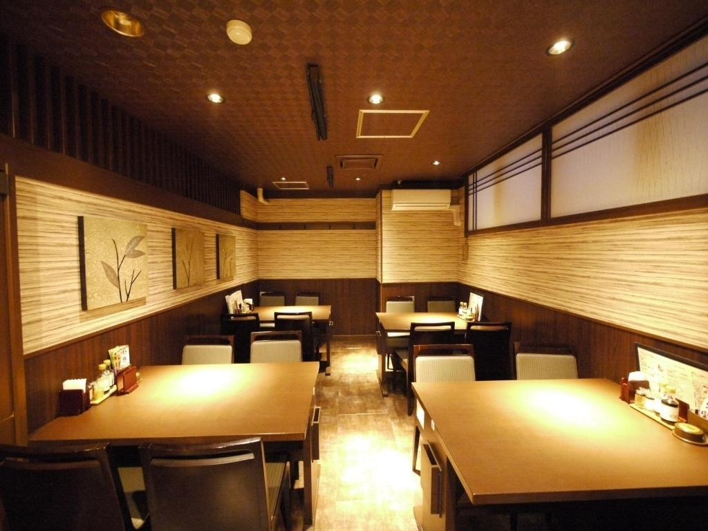 A restaurant or other place to eat at Hotel Route-Inn Kitamatsudo Ekimae