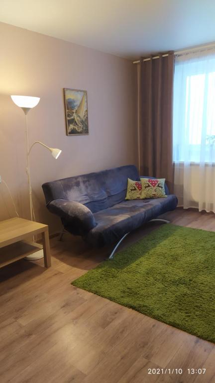 Гостиная зона в Bondareva Street Apartment
