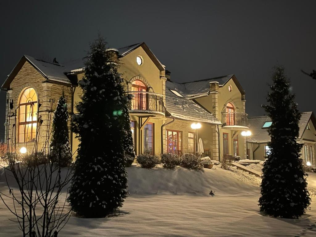 Усадьба Батюшково during the winter