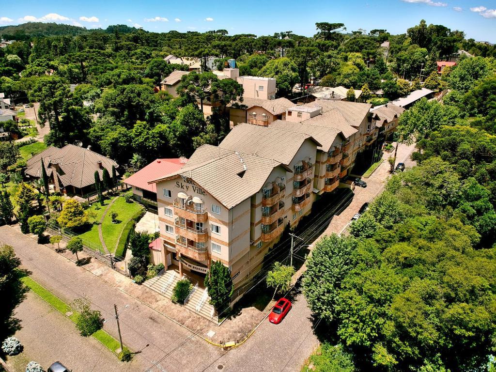 A bird's-eye view of Hotel Sky Ville Canela