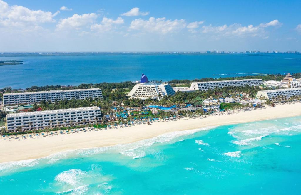 Uma vista aérea de Grand Oasis Cancun - All Inclusive