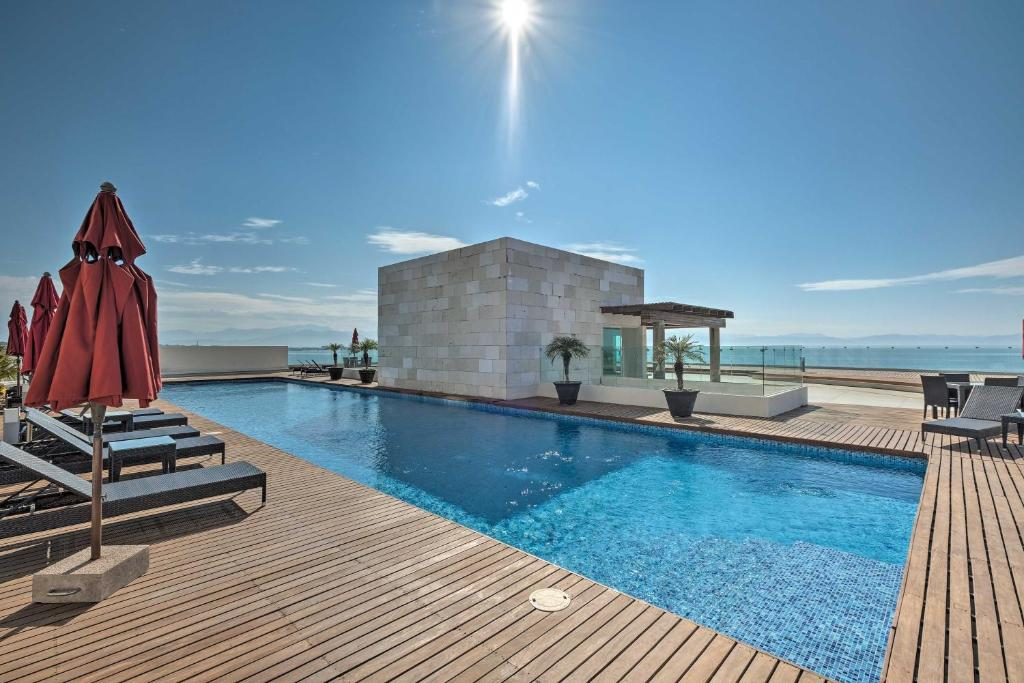 Coastal Mexico Penthouse with Views and Rooftop Pool!