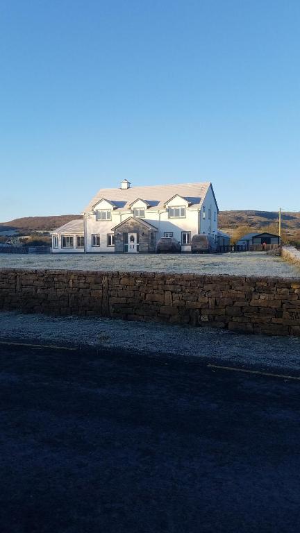 Burren Rock Farmhouse B&B