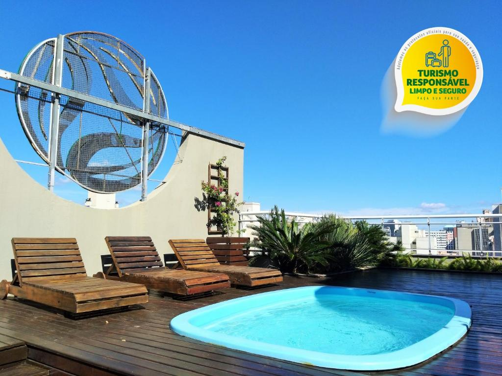 The swimming pool at or close to Eko Residence Hotel - a 200m dos Hospitais da Santa Casa