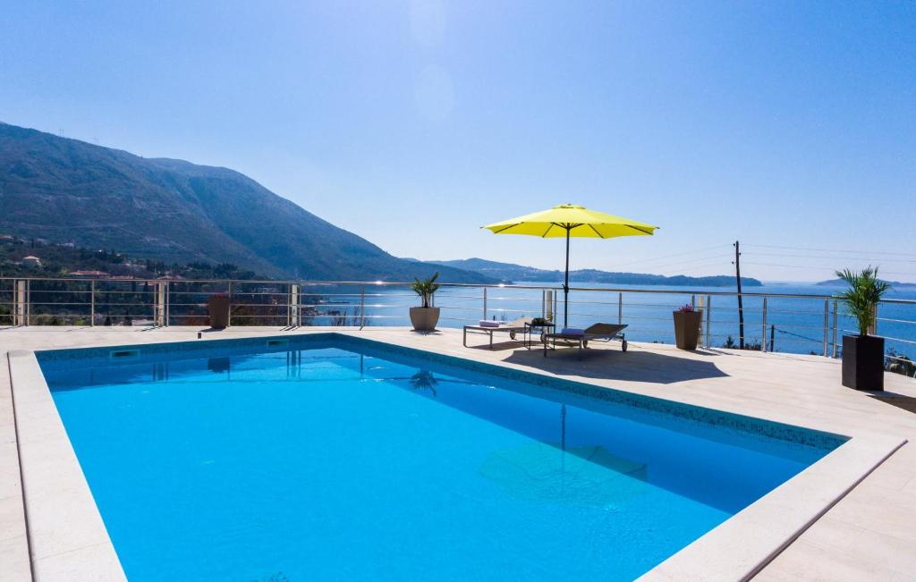 The swimming pool at or close to Apartments Sandito