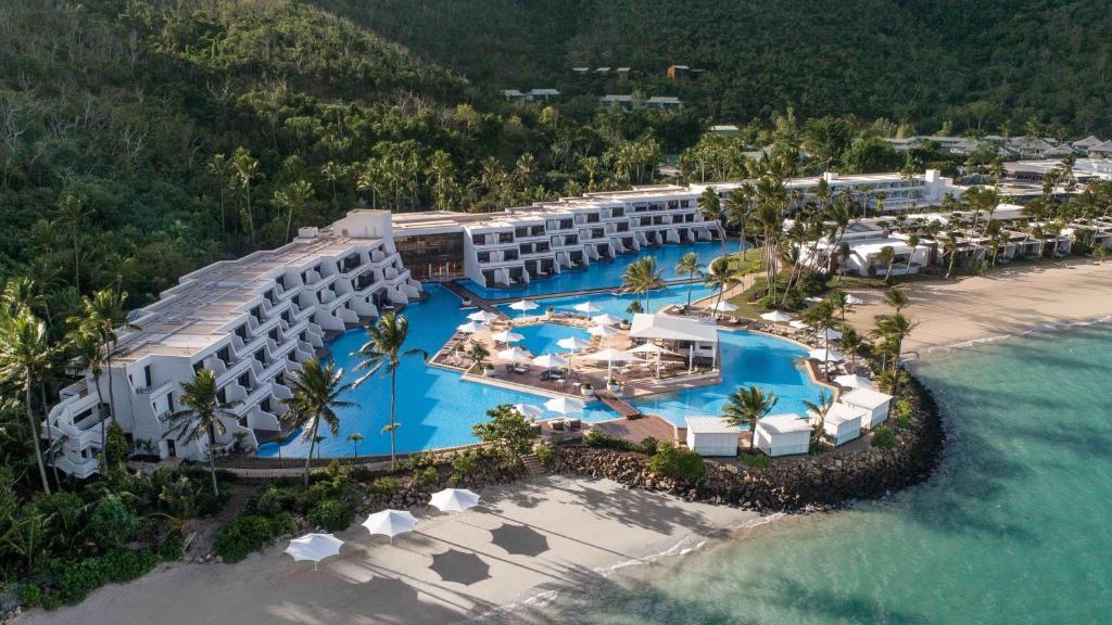 A bird's-eye view of InterContinental Hayman Island Resort, an IHG Hotel