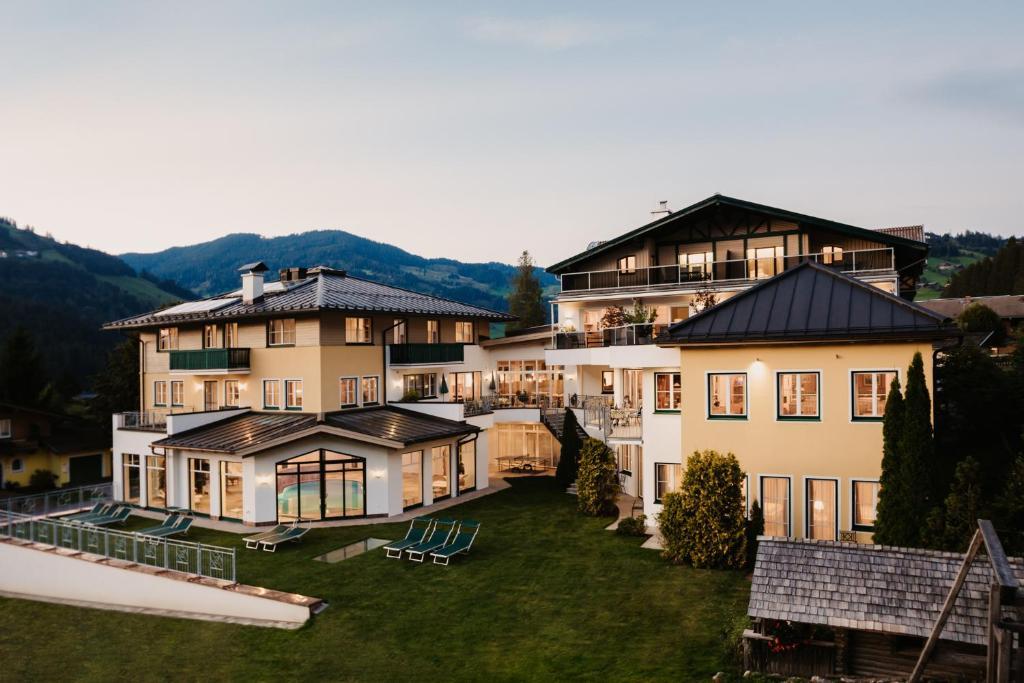 Aktiv- & Family Hotel Alpina Wagrain, Austria