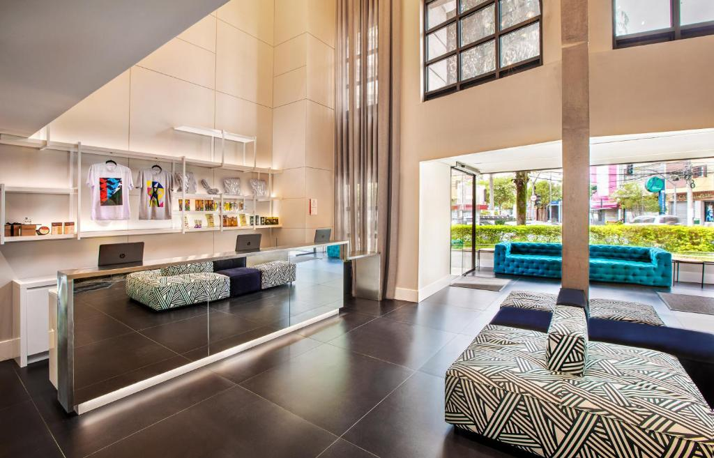 The lobby or reception area at INNSIDE by Meliá Sao Paulo Itaim