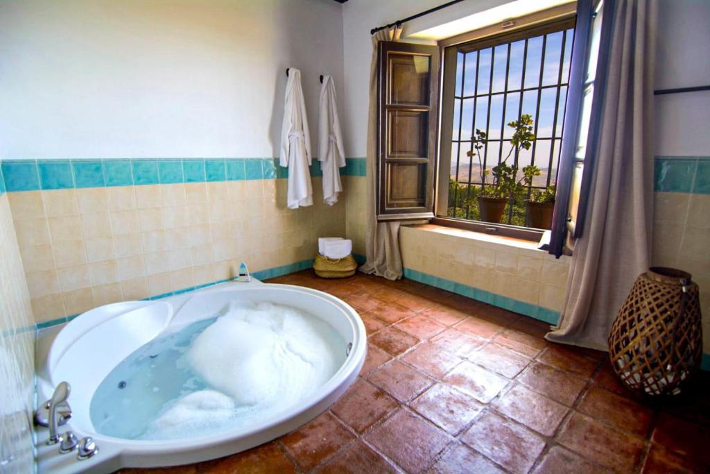 La Fuente del Sol Hotel & Spa 8