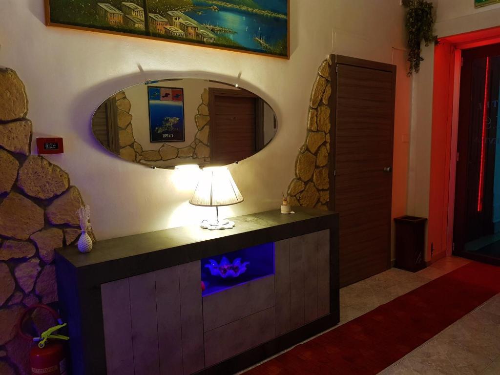 HOTEL  GINEVRA - Laterooms