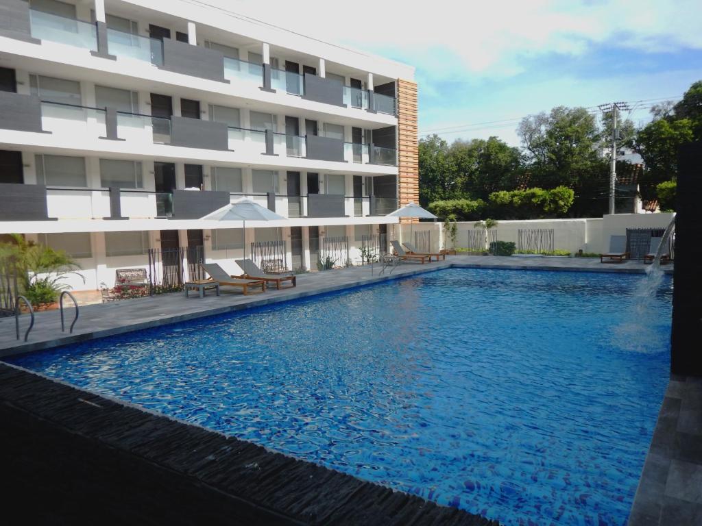 The swimming pool at or near Hotel CasaBlanca Cucuta