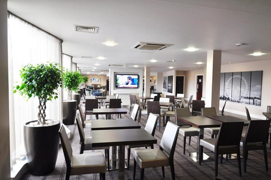Express by Holiday Inn London-Royal Docks/Docklands - Laterooms