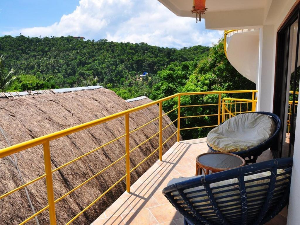 A balcony or terrace at JayJays Club Boracay