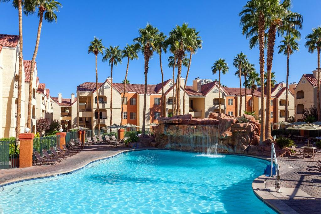 Holiday Inn Club Vacations LAS VEGAS - DESERT CLUB RESORT - Laterooms