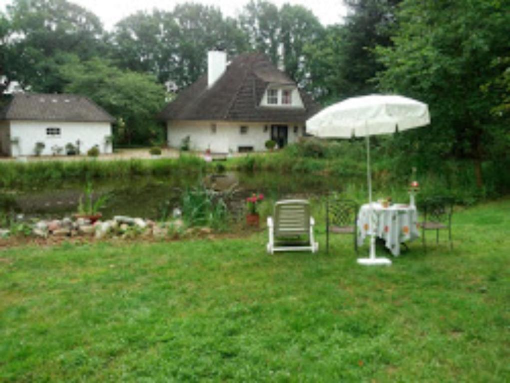 A garden outside Tramper-Zimmer