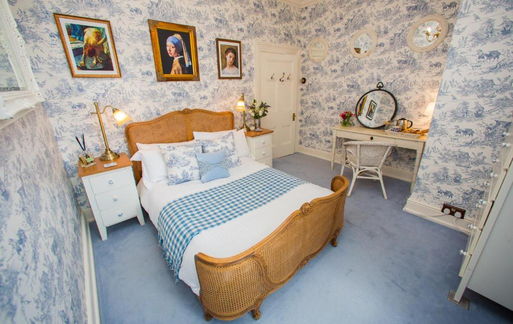 James' Place at Brynawel - Laterooms
