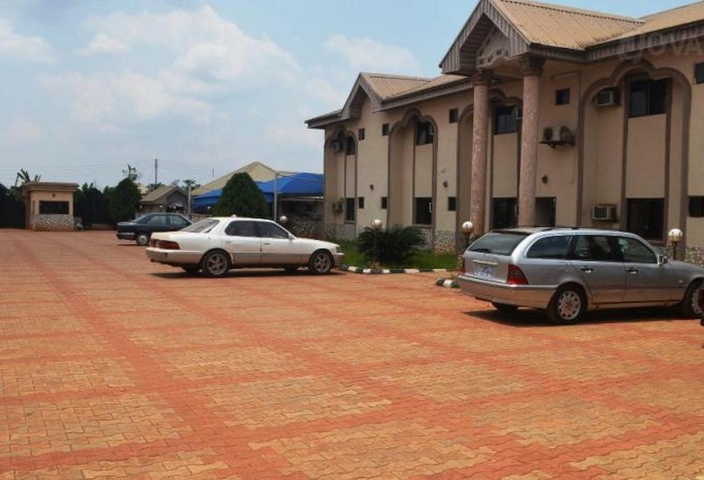 Cele mai bune 10 hoteluri din Porto-Novo, Benin (Prețuri de la lei)