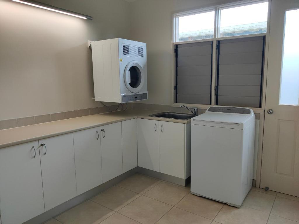 A kitchen or kitchenette at Restashore
