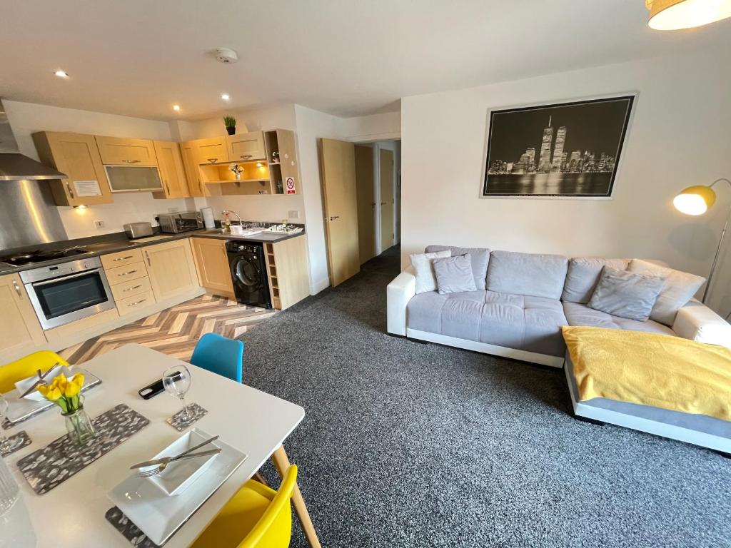 Grand Central Apartments - Laterooms