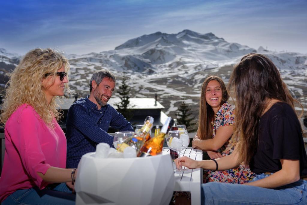 Hotel Aragon Hills & Spa