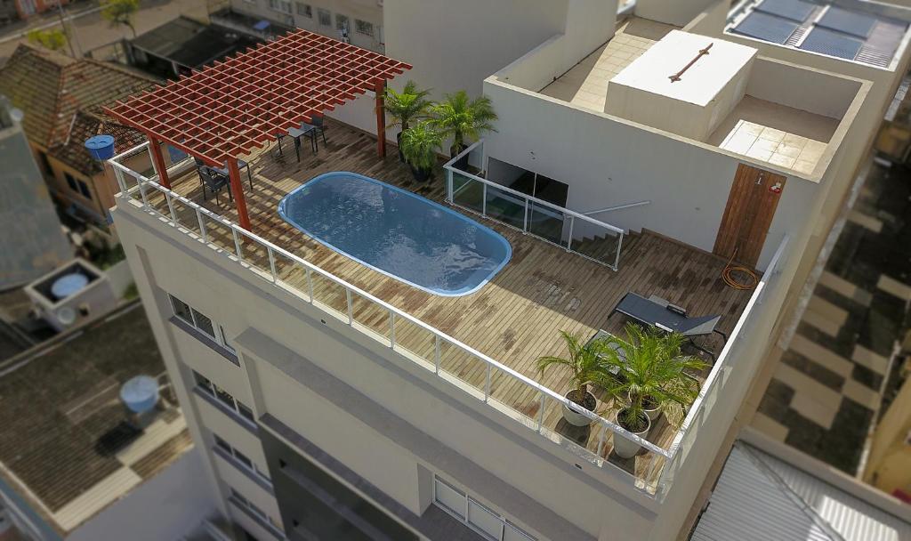 Uma vista da piscina em M Tower Hotel ou nos arredores