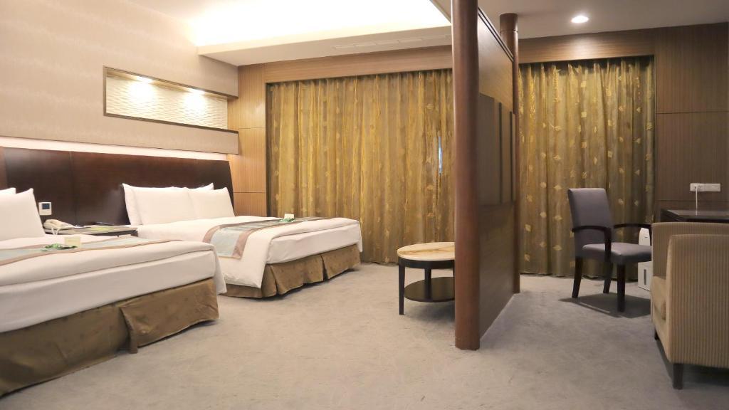 豐原中科后豐會館房間的床