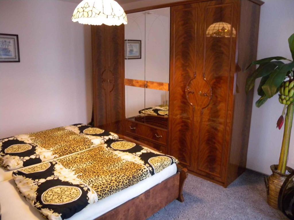 Ein Bett oder Betten in einem Zimmer der Unterkunft Holiday home Sassnitz/Insel Rügen 2990