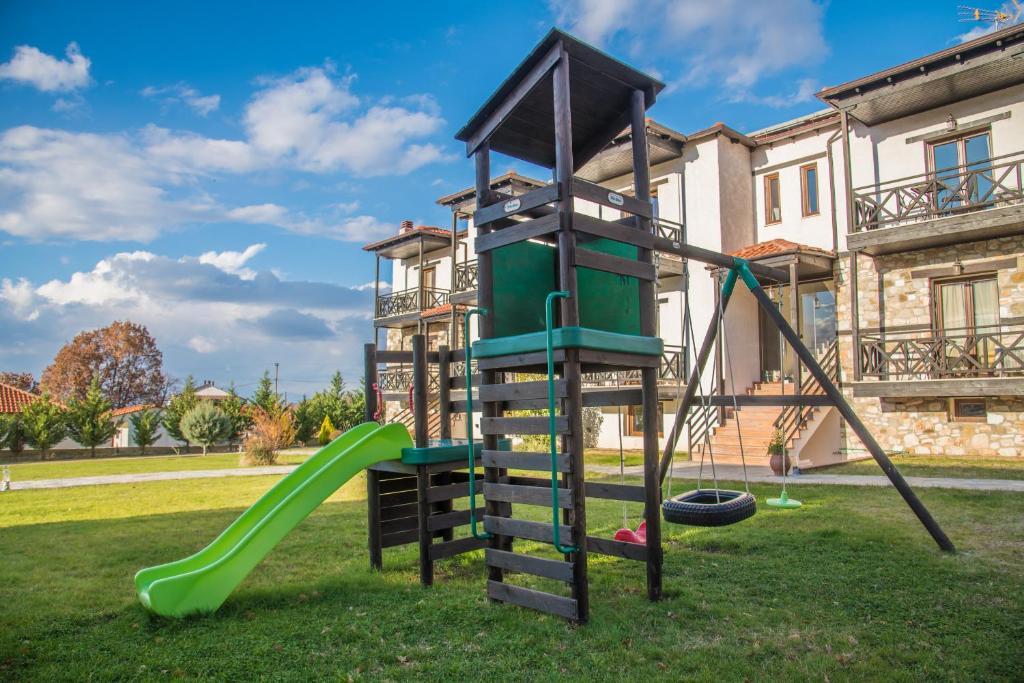 Ο χώρος παιχνιδιού για παιδιά στο Παρωραία